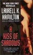 A Kiss Of Shadows Pb - Ballantine - 1