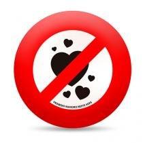Almofada Proibido Namoro Neste Sofa Redonda - Vermelho - Único - Gorila Clube