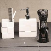 Barbeador Ga.Ma Italy GSH930, 3 Lâminas, Tecnologia Track System, Corte Preciso, Trimmer - Bivolt - Gama italy