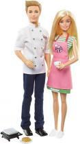 Barbie e Ken Cozinhando - Mattel FHP64 -