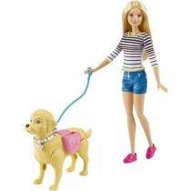 Barbie Passeio com Cachorrinho DWJ68 Mattel -