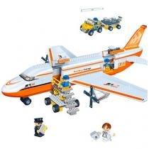 Blocos de Montar 660 Peças - Transporte Avião de Carga 8281 BanBao