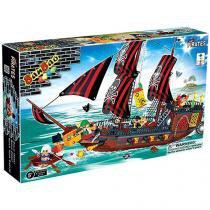 Blocos de Montar 850 Peças - Piratas Navio Invencível 8702 BanBao