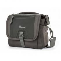 Bolsa para câmera digital SLR, lentes e acessórios - Nova Sport 7L AW - LP36612 - Lowepro -