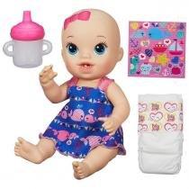 Boneca Baby Alive Loira Hora do Xixi Roupa Colorida Hasbro - Hasbro