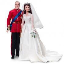 Boneca Barbie Colecionável - Príncipe William  Catherine - Mattel -
