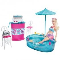 Boneca Barbie - Móveis e Boneca Deluxe - Pátio - Mattel - Mattel