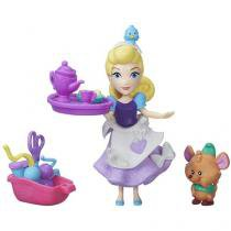 Boneca Disney Princess Little Kingdom  - Cinderellas Sewing Party Hasbro