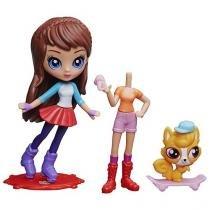 Boneca Littlest Pet Shop Alistair Royal Skate - Blythe com Acessórios Hasbro
