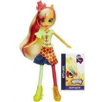 Boneca My Little Pony Equestria Girl A3994 - Hasbro - AppleJack - Hasbro