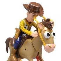 Boneco Toy Story Woody e Cavalo Bala No Alvo Disney - Toyng - Toyng