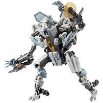 Boneco Transformers Generations Starscream - 18cm com Acessório Hasbro