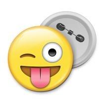 Botton emoticon - emoji mostrando a língua - Yaay