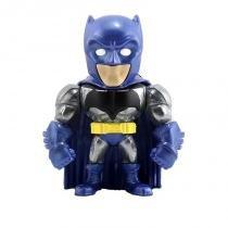 Brinquedo Boneco Warner Bare Metal Batman Classic 3957 - DTC - DTC