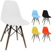Cadeira Pequena Charles Eames com Pés de Madeira Preta - Tander Home
