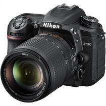 Câmera Nikon D7500 com lente AF-S 18-140mm ED VR - Nikon