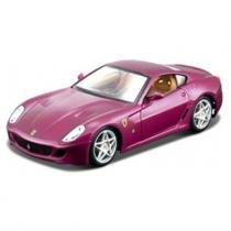 Carro Ferrari 599 GTB Fiorano Vinho - Kit de Montagem - 1:24 - Maisto - New toys