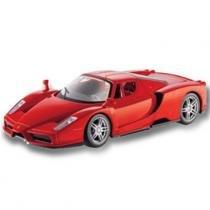 Carro Ferrari Enzo Vermelha - Kit de Montagem - 1:24 - Maisto - New toys