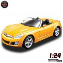 Carro Opel GT Amarelo 2008 - Kit de Montagem - 1:24 - Maisto - New toys