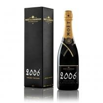 Champagne Moët Grand Vintage 750 ml com estojo - Moet  chandon