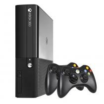 Console XBOX 360 4GB com 2 Controles Wireless - Microsoft