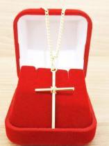 Corrente Masculina Grumet 60cm 2mm e Crucifixo Tudo Folheado á Ouro. Cod: 1745/1922 - Gabriela costa semi jóias