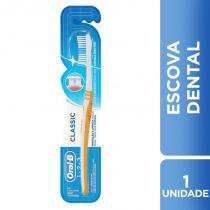 Escova Dental Oral-B Classic Macia 40 - Oral b