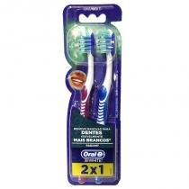Escova Dental Oral B White 3D 35 Leve 2 Pague 1 - Oral -b