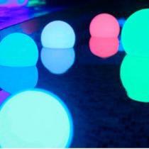Esfera de LED RGB com 50 cm de Diâmetro para Decoração de Ambientes - Bivolt - E-led Brasil