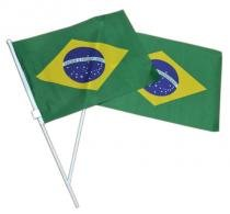 Kit 12 Unidades Bandeiras Brasil Haste Torcer Jogo Torcida Copa do Mundo - Ab midia