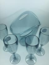 Kit Balde para gelo com 4 taças na cor azul translucido - UZ utilidades