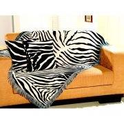 Kit manta decorativa zebra 1x1,50m com 2 capas de almofada - Omartex