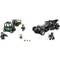 LEGO Super Heroes Interseção de Kryptonite - 306 Peças 76045