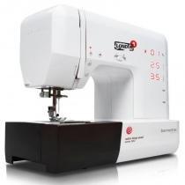 Máquina de Costura Doméstica Computadorizada Bernette London 8, 155 pontos - Sun Special