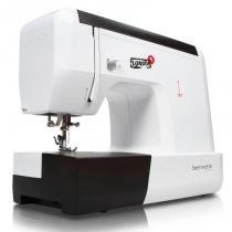 Máquina de Costura Doméstica Mecânica Bernette London 5 - Sun Special