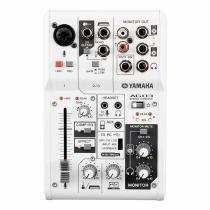 Mesa de Som 3 Canais (1 XLR Balanceados + 2 P10 Desbalanceados) c/ USB / Phantom / 1 Auxiliar - AG 03 Yamaha - Yamaha