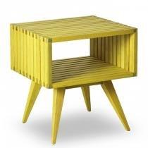 Mesa Lateral Retangular em Madeira Dominoes Mão e Formão Stain Amarelo -
