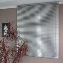 Persiana Horizontal em Alumínio 25MM Microperfurado 1,60L X 1,60A - Everblinds