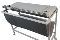 Refiladora duplo eixo 106 cm com mesa para papel, lona e vinil adesivo Excentrix -