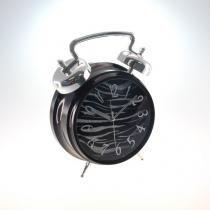 9e38f5e215f não disponível + decoração · Relógio De Mesa Purpurina Zebra Prata Plástico  25x19 Cm - Maisaz