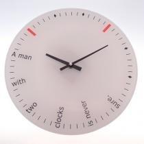 10d88fe6a25 não disponível + decoração · Relógio De Parede Um Homem Com Dois Relógios  Vidro 30X30 Cm - Maisaz