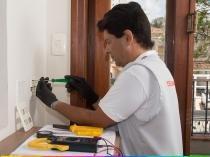 Serviço de instalação de tomadas (até 3 tomadas) - Cdf