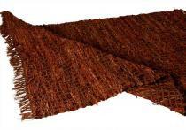 Tapete decorativo drama marrom médio com tiras de couro - Maria pia casa