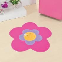 Tapete Infantil Formato Menina Flor Pink 70x70cm - Guga Tapetes - Rosa - Guga Tapetes