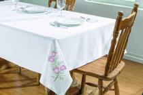Toalha de mesa primavera 2,50x1,40 branco/pink - Dourados enxovais