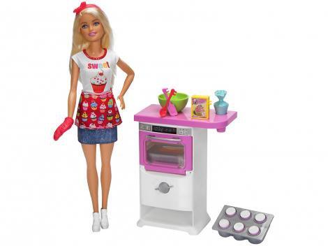 Barbie FHP57 com Acessórios - Mattel