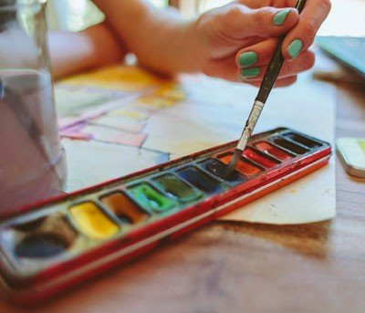 Conheça a tinta aquarela