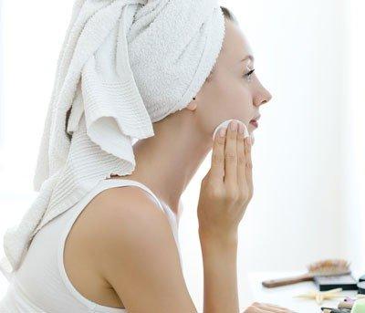 Conheça os tipos de limpeza facial